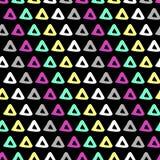 Handdrawn sömlös 90-talmodell för triangel Arkivfoton