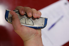Handdynamometer royaltyfri bild