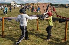 Handel och underhållning på thårsdagen för festival 536 av befrielsen av Ryssland från detTatar oket i den Kaluga regionen royaltyfria bilder