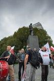 Handelfackföreningsmedlemmar under en demonstration i Warszawa - Polen Arkivfoton