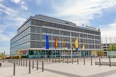 Handelmässa Stuttgart, administrativ byggnad royaltyfri fotografi