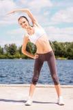 Handeln, Übungen ausdehnend Stockbilder