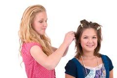 Handeln ihres Haares Lizenzfreie Stockfotografie