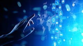 Handelsnachrichten, Datenanalysearmaturenbrett mit Ikonendiagrammen und Diagramm auf virtuellem Schirm stockbild