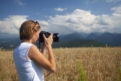 Handelsresande som tar foto - turismbegrepp Arkivbilder