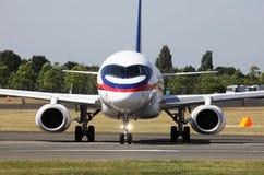 Handelsverkehrsflugzeug Lizenzfreies Stockbild