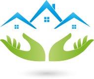 Handen en huizen, daken, onroerende goederenembleem Royalty-vrije Stock Afbeeldingen