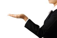 Handen för affärskvinna` s gömma i handflatan upp den isolerade snabba banan Fotografering för Bildbyråer