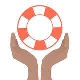 Handen met een boot worden gevouwen om een reddingsboei te houden die vector illustratie