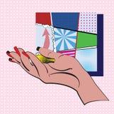 Handen på rosa färger och en vit pricker bakgrund och uppsättningen av mini- färgrika bakgrunder för typer i en ram som göras i s Fotografering för Bildbyråer