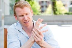 Handen smärtar Royaltyfri Fotografi