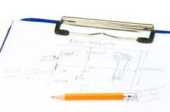 Handen tecknade webbplatsdesignen skissar för planläggning Fotografering för Bildbyråer