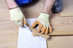 Handen van arbeider Stock Afbeeldingen