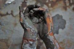 Handen van artisanaal - 2 stock afbeeldingen