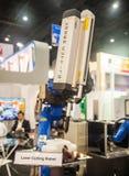 handen van de laser de scherpe robot Royalty-vrije Stock Afbeelding
