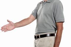 Handerschütterungskonzept; bemannen Sie Angebot, das seine Hand zur Erschütterung auf weißem Hintergrund mit Kopienraum lokalisie Lizenzfreie Stockfotos