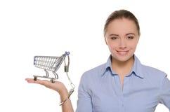 handfängslad shopping för arm vagn till kvinnor Royaltyfri Foto