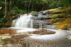 Handfat för Giluk vattenfallmaliu royaltyfria foton