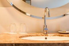 Handfatdesign i badrum royaltyfri fotografi
