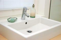 handfatvaskkoppling Royaltyfria Bilder