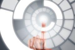 Handfinger auf Digital-Schirm Lizenzfreie Stockfotografie