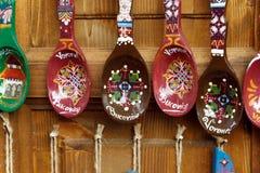 Handgefertigte rumänische hölzerne Löffel gemalt Lizenzfreies Stockbild
