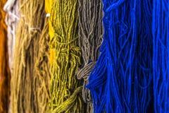 Handgemachte Garn-Farben stockbilder