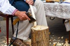 Handgemachte Heu- und Flachsprodukte an der Messe von Völkern Stockfotos