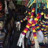 Handgemachte Katapulte und Handwerk an einer Flohmarkt Stockfotos