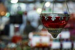 Handgemachte Rose farbige Lampe in Tunesien Stockfotografie