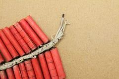 Handgemachte rote Kracher stockbilder
