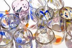 Handgemachte venetianische Gläser auf Weiß. Stockfoto