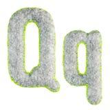 Handgemachter Gray Letter Q lokalisierte auf Weiß lizenzfreie stockfotos