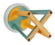 Handgemachter Schemel Stuhl in Grünem, gelb, hellgelb Stockbild