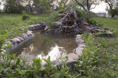 Handgemachter Teich Stockfoto