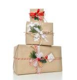 Handgemachtes Handwerksweihnachten der Weinlese oder rustikales Geschenk des neuen Jahres 2016 Lizenzfreies Stockbild