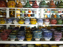 Handgemalte Keramik und Tonwaren lizenzfreie stockbilder