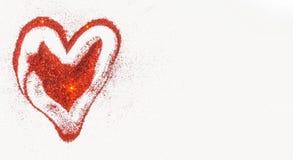 Handgeschriebene Herzformen auf rotem Funkeln Stockbild