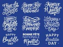 Handgeschriebene Phrasen des Französischen Nationalfeiertags Kalligraphie von Joyeux 14 Juillet usw. übersetzt von französischem  Stockbilder