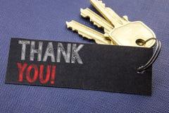 Handgeschriebene Textvertretung danken Ihnen Geschäftskonzeptschreiben für die Dank-Mitteilung geschrieben auf das Briefpapier be Lizenzfreie Stockfotografie