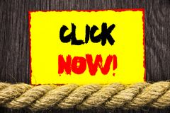 Handgeschriebenes Textzeichen-Vertretung Klicken jetzt Begriffsfoto Zeichen-Buch-oder Register-Fahne für Join Apply als Nächstes  stockbilder