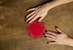 Handgestrickte Leinenserviette Stockfoto