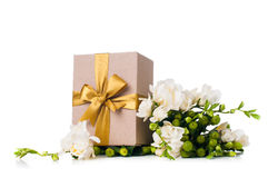 Handgjord ask med gåvan Fotografering för Bildbyråer