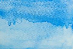 Handgjord bakgrund för ljus blå vattenfärg Beståndsdel för fläck för textur för Aquarellemålarfärgpapper arkivbild