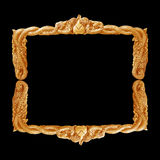 Handgjord gammal dekorativ guld- ram -, inristat - som isoleras på svart bakgrund arkivbild