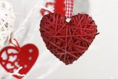 Handgjord garnering för hjärta för dag för valentin` s Royaltyfria Bilder