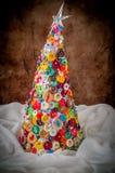 Handgjord knapp och Pin Christmas Tree Fotografering för Bildbyråer