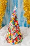 Handgjord knapp och Pin Christmas Tree Royaltyfria Bilder