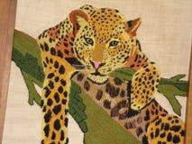 Handgjord leopard som göras från garn royaltyfria bilder