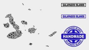 Handgjord sammansättning av översikten för Galapagos öar och nödlägestämpeln royaltyfri illustrationer
